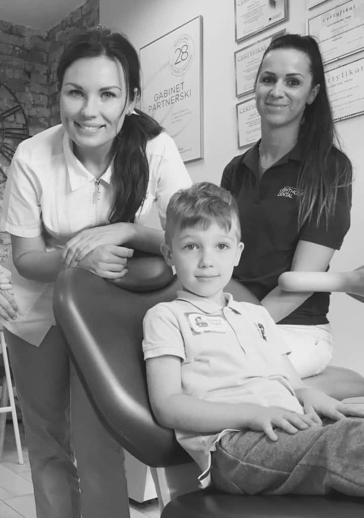 stomatolog dziecięcy, stomatologia dziecięca, szczecin, mycie zębów