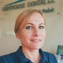 iwona grałek lighthouse dental